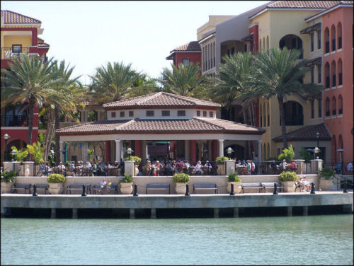 Cocomos Restaurant 945 N Collier Boulevard Marco Island Florida