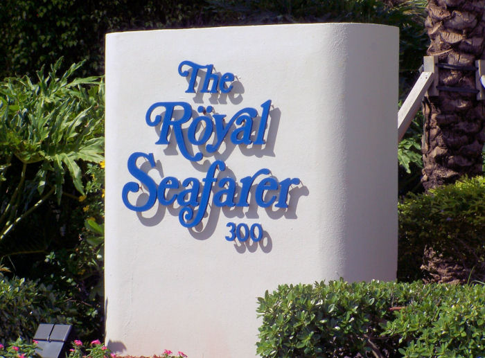 Royal Seafarer Sign
