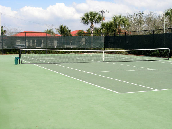 Villas At Waterside Tennis Courts