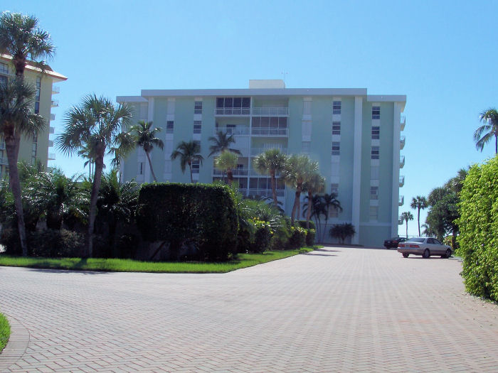 Emerald Beach Is Truly A Jewel On The This Not Simply Residence It An Extended Family Of Owners Whose Memories Are So Tied To